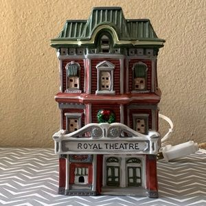 DICKENS COLLECTABLES 1995 ROYAL THEATRE